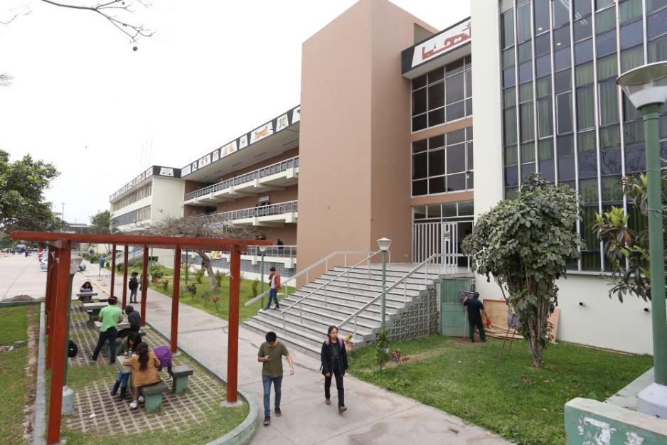 Informe PuntoEdu sobre la situación de las universidades públicas en el Perú