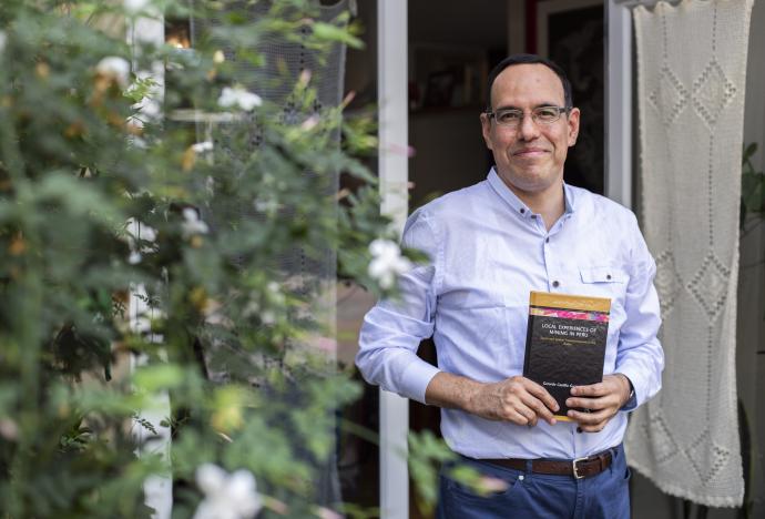 Prestigiosa editorial británica publicó libro de investigador PUCP